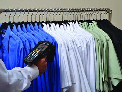 Hand-Scanning-Uniforms
